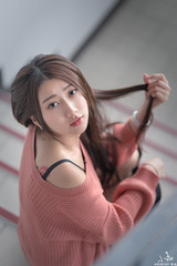 TOM05391-F (HwaCheng Wang 王華政) Tags: 張嘉庭 小嘉 邱比特 秋比特 人像 外拍 md model portraiture sony a7r3 ilce7rm3 a7r mark3 a9 ilce9 2470 35 85 gm 教室 老師 學生