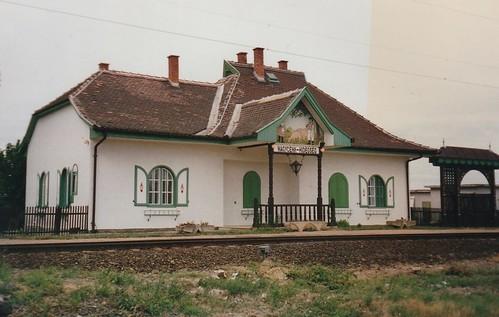 Gare ferroviaire, Nagycenk, comitat de Győr-Moson-Sopron, Hongrie.