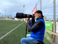 Canon 400mm 2.8 (angelalonso57) Tags: canon 400 mm 28 deporte futbol azul blue movil capture cannone photografy fotografo cañon verde green cielo sky crack tube shot wow pictures