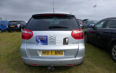 Citroen C4 Picasso Exclusive 2009 (badhands13) Tags: citroen m191ang ng orchesrtra c4 stickers advertising