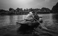 Tam Coc (Rod Waddington) Tags: asia north vietnam vietnamese tam coc sampan boat oars water river paddling blackandwhite mono monochrome outdoor culture cultural child candid