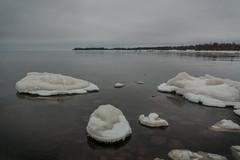IMG_9107_edit (SPihtelev) Tags: ладога ленинградская область озеро зима лед льды вода маяк