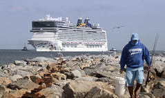 Cruise ship Norwegian Epic docking at Port Canaveral Florida (watts photos1) Tags: cruise ship norwegian epic docking port canaveral florida boat boats ships water fishing rocks jetty pier people news