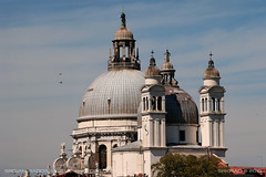 Basilica di Santa Maria della Salute 2 (srkirad) Tags: travel venice italy architecture basilica santamariadellasalute church sky birds dome clouds sunny landmark catholicism christianity towers