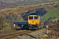 Climbing In The Dale (whosoever2) Tags: uk united kingdom gb great britain england nikon d7100 train railway railroad february 2019 gbrf class66 66786 edale peakdistrict cemex peakforest 4h03