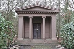 Hamburg Ohlsdorf Friedhof / cemetery (peterkaroblis) Tags: hamburg ohlsdorf friedhof cemetery parkfriedhof parkcemetery grab grave park germany mausoleum