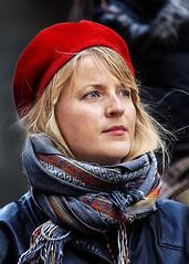 Portrait (D80_526359) (Itzick) Tags: denmark copenhagen candid color colorportrait portrait youngwoman streetphotography scarf beret face facialexpression d800 itzick