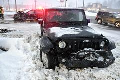 squall-br-013119_1120 (newspaper_guy Mike Orazzi) Tags: 18140mmf3556g d500 nikon jeep subaru snow winter weather pinestreet middlestreet bristol