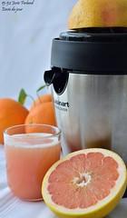 15-52 Josée Ferland - Envie du jour (Josée Ferland) Tags: pamplemousse pressade jus fruit pressé vitamines pressejus oranges agrumes