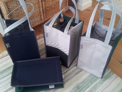 Väldigt intressanta väskor-Very interesting bags.