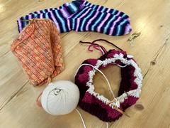 6/365: Sunday Knitting with Friends (jchants) Tags: project365 365the2019edition 3652019 day6365 06jan19 knitting sundayknittinggroup knittinggroup cowl hat socks