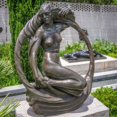 Out of this World (dayman1776) Tags: sony a6000 bronze sculpture sculptor sculptures statue escultura skulptur museum art beautiful woman female figurative nude naked sensual brookgreen gardens south carolina circle circular round america usa modern