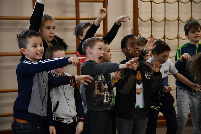 Children at Benyon Primary School participating in the Create and Sing programme ©2018 ROH, photographed by Brian Slate