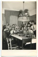 . (Kaïopai°) Tags: old alt vintage feier fest party familienfeier 1941