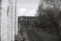 Tower of London (goodfella2459) Tags: nikonf4 afnikkor24mmf28dlens ilfordfp4plus125 35mm blackandwhite film analog london history toweroflondon bwfp