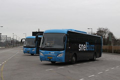 Qbuzz, 6201 and 6220 (Chris GBNL) Tags: qbuzz bus coach 6201 43blp4 scaniahigera30 6220 70blp2
