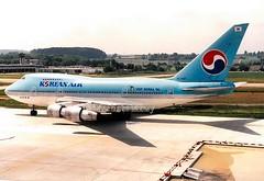 Korean Air                                              Boeing 747SP                               HL7457 (Flame1958) Tags: korea koreanairlines koreanair koreanairb747 koreanairlinesb747 koreanb747 koreanb747sp koreanairlinesb747sp boeing b747 b747sp 747 747sp hl7457 zch zur zurichairport kloten klotenairport 280594 594 1994 scan print