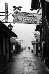 Foggy Morning on the Redondo Beach Pier (crabsandbeer (Kevin Moore)) Tags: 2018 california losangeles november october sandiego trip redondobeach pier morning fog foggy man person oldtonys bar alley silhouette leadinglines line street candid streetphotography
