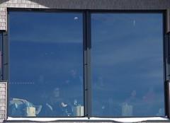 people enjoy the view (3) (mgheiss) Tags: window fenster hornisgrinde hornisgrindehütte grindehütte pentaxkp pentaxda18135mm aussicht scheibe hütte schwarzwald nordschwarzwald