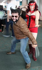 2016-Fans Dressed Up as Wolverine & Scarlet Witch at SDCC-01 (David Cummings62) Tags: 2016 sandiego ca calif california comiccon con davidcummings davecummings photos cosplay dressedup fan fans wolverine scarletwitch marvelcomics xmen