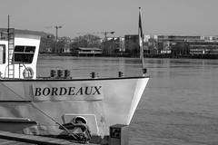 DSCF2081 (LexomIA) Tags: bordeaux street urbain bw nb streetphotography