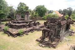 Angkor_Bakong_2014_12