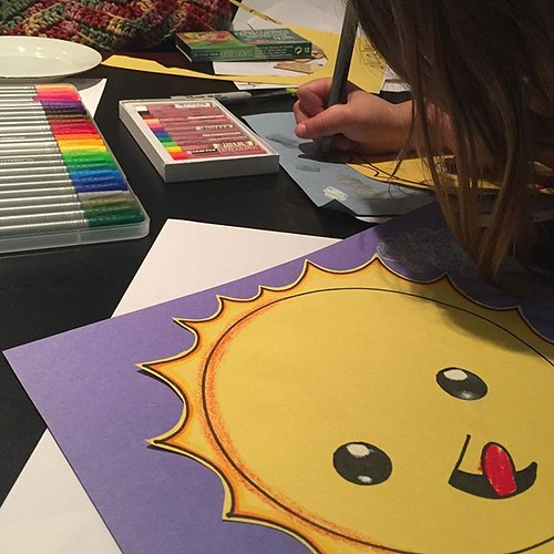 It's a rainy gray day in DC but we have sunshine's with #arthubforkids #arthub4kids Kiddo says we love your art and we like to make the emojis into people.