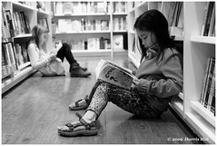 Hope In The Future Of Paper Book Reading - Reader XT6326e (Harris Hui (in search of light)) Tags: harrishui fujixt1 digitalmirrorlesscamera fuji fujifilm vancouver richmond bc canada vancouverdslrshooter mirrorless fujixambassador xt1 fujixcamera fujixseries fujix fujixf35mmf2 fujiprimelens fixedlens standardlens reader reading paperbookreading paperbook book bookstore youngreader shoppingmall