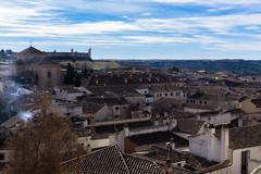 Chinchón (Angel_Foto_30mm) Tags: sony a6000 paisaje pueblo paseo españa cielo casa campo invierno