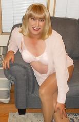 DSCN1767_pp (DianeD2011) Tags: crossdresser cd crossdress crossdressing stockings tg tranny transvestite tgirl tgurl pantyhose