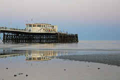 2018_05_06_0225 (EJ Bergin) Tags: sussex westsussex landscape worthing sunset beach sea seaside worthingpier seafront reflection southernpavillion