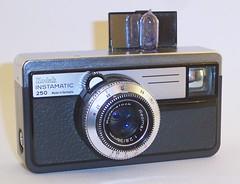 Kodak Instamatic 250 camera (Type 052) (camera.etcetera) Tags: kodak camera instamatic germany 250