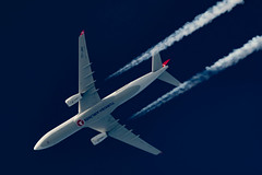 Turkish Airlines Airbus A330-343 TC-JNO (Thames Air) Tags: turkish airlines airbus a330343 tcjno contrails contrailspotting