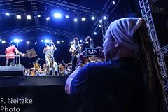 9 Réveillon Santos (fneitzke) Tags: portfolio canont5eos1200d canont5 canon santos sãopaulo baixadasantista brasil brazil brasile brasilien brésil bresilien latinamerica latinoamérica américalatina amériquelatine southamerica américadelsur sudamérica américadosul amériquedusud francophone música musica music musicphotographer musicphotography musician musicians musique orquestra orchestra orchestre orquestrasinfônica orquestrasinfônicadesantos symphonyorchestra santossymphonyorchestra orchestresymphonique réveillon orchestresymphoniquedesantos newyear anonovo nouvelan añonuevo concert concerto apresentação people gente gens pessoas pessoa persona personas person brasileiro brazilian brésilien brasilero brasileño