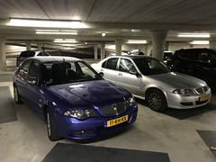 Rover 45  Broer en zus verschil van 2dg op kenteken (geertolthof) Tags: 11rhkk en 24rhkk 45 rover