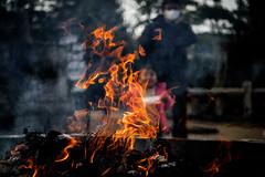 どんど焼き ー New Year's bonfire (kurumaebi) Tags: yamaguchi 秋穂 山口市 nikon d750 神社 祭り 日本 伝統 冬 festival tradition japan どんど焼き