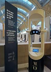 Borne de réalité virtuelle au musée d'Orsay à Paris.