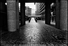 C56-3 1975 Brutalism (hoffman) Tags: housing architecture brutalist brutalism city urban london outdoors street barbican brunswickcentre londonwall concrete davidhoffman wwwhoffmanphotoscom