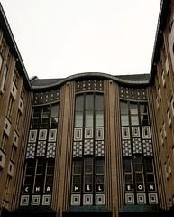 Hackescher Hof (cn174) Tags: berlin berlin2019 germany deutschland ber winter grey dismal hackesherhof