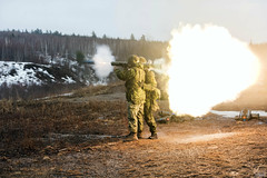 GN02-2019-0234 (www.combatcamera.forces.gc.ca) Tags: caf fac fortsfiersprets strongproudready 12december2018 20181212 20190322 22march2019 5cdndiv 5thcanadiandivisiontrainingcenter 84mm army bmoq c6 c7 c9 cfbgagetown carlgustav course cplnicolasalonso gn0220180234 gn0220181433 infantryschool newbrunswick oromocto parade peoplepersonne canada ca