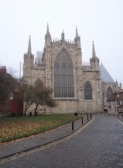 York Minster on a misty morning (heffelumpen9) Tags: yorkminster york england northyorkshire cathedral minster gothicarchitecture