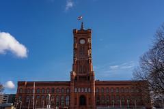 Rotes Rathaus, Berlin (Jutta Achrainer) Tags: achrainerjutta berlin fe24105mmf4goss sonyalpha7riii rotesrathaus architektur