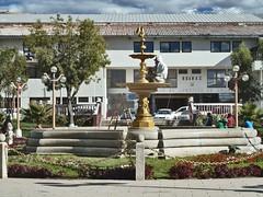 Main square of Huaraz (Lewitus) Tags: huaraz callejóndehuaylas people work fountain mainsquare