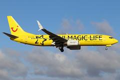 D-ATUG_10 (GH@BHD) Tags: datug boeing 737 738 737800 b737 b738 x3 tui tuifly ace gcrr arrecifeairport arrecife lanzarote specialcolours logojet magiclife aircraft aviation airliner