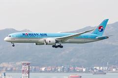 KOREAN AIR B787-9 DREAMLINER HL7206 0021 (A.S. Kevin N.V.M.M. Chung) Tags: aviation aircraft aeroplane airport airlines plane spotting hkg landing approach boeing b787 dreamliner b7879