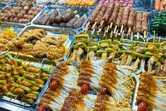 _DSF1889.jpg (DAVEBARTLETT2) Tags: vietnam cantho can tho food street night market