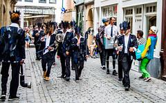 Zinneke 2018 - e-legal (saigneurdeguerre) Tags: europe europa belgique belgië belgien belgium belgica bruxelles brussel brüssel brussels bruxelas ponte antonioponte aponte ponteantonio saigneurdeguerre canon 5d mark 3 iii eos zinneke parade 8 mai mei 2018 zinnode elegal