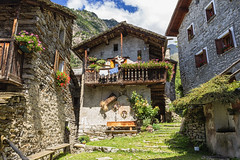 Antichi borghi montani (cesco.pb) Tags: savogno valchiavenna valtellina lombardia lombardy alps alpi italia italy canon canoneos60d tamronsp1750mmf28xrdiiivcld montagna mountains