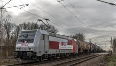 10_2019_02_06_Gelsenkirchen_Bismarck_6185_678_Rpoolmit_Kesselwagenzug ➡️ Herne_Abzw_Crange (ruhrpott.sprinter) Tags: ruhrpott sprinter deutschland germany allmangne nrw ruhrgebiet gelsenkirchen lokomotive locomotives eisenbahn railroad rail zug train reisezug passenger güter cargo freight fret bismarck akiem cww db de eh erd nrail pkpc rpool 0275 0632 1202 1203 1265 1275 5370 6155 6185 6186 6187 6189 6193 9263 9425 lkw captrain dortmundereisenbahn sandzug abzwcrange dortmund bottropsüd dorsten logo natur outdoor graffiti