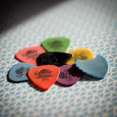 It's the little things... (6079 Jones, P) Tags: musician guitarist f18 primelens niftyfifty yongnuo depthoffield canon eos 1200d 50mm jimdunlop plectrum pic pick strum guitar player music musical instrument stilllife